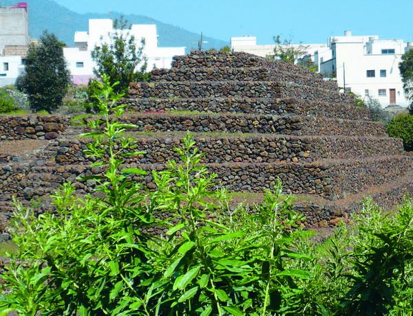 Die Pirámides de Güírmar sind heute in einen abwechslungsreich gestalteten Themenpark integriert