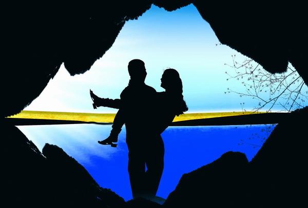 Romantische Träume prägen unsere Vorstellungen. Mit der Realität des Verliebtseins haben sie aber nur wenig zu tun