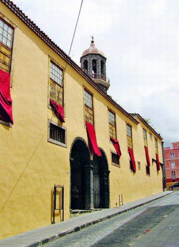 Nach der Plaza links den Hügel hinab, findet man das Museum in der Calle Zerolo
