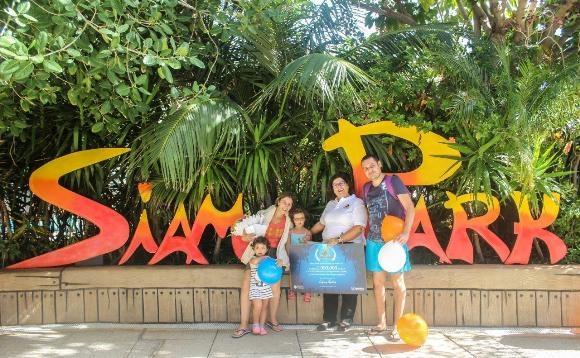 Glückliche Gewinner im Siam Park in Adeje