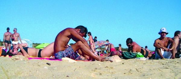Bei Strandtemperaturen ist eine Sommergrippe besonders lästig
