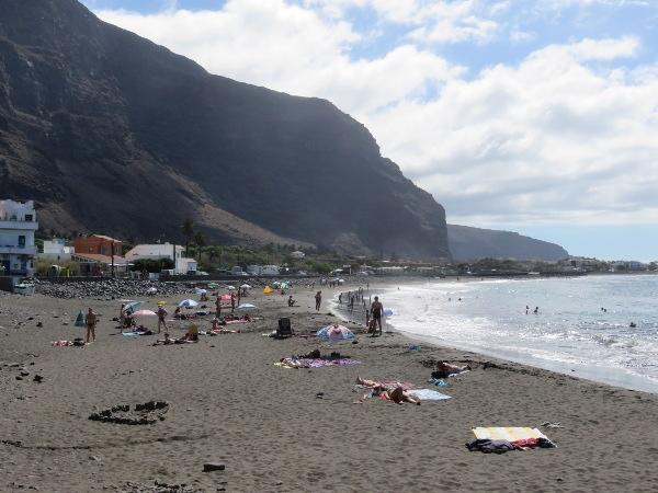 An diesem Strand in Valle Gran Rey auf La Gomera ereignete sich der letzte tödliche Badeunfall des Jahres 2016.