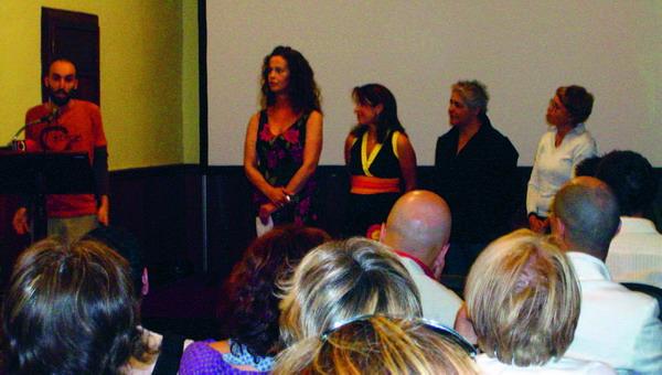 Carla Antonelli (zweite von links) ist wohl die bekannteste Transsexuelle Teneriffas und eine sehr attraktive Frau