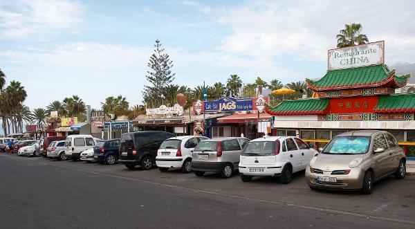 Las Américas zählt zu den Touristenhochburgen der Kanaren und ist auch als Arbeitsort sehr beliebt.