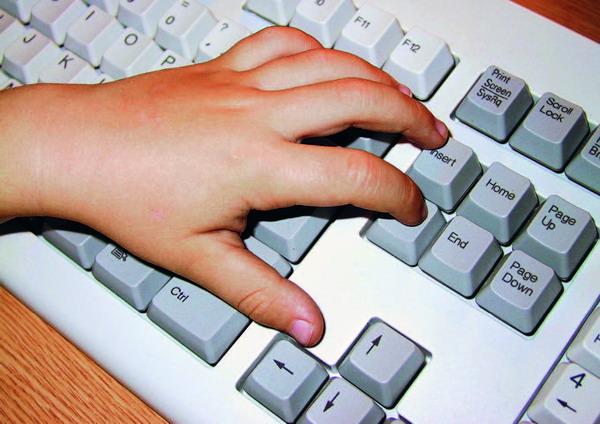 Per Tastatur in die ganze Welt – das macht das Internet für Kids spannend