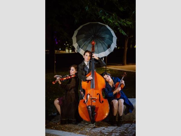 Drei Frauen, drei Instrumente und eine schöne Geschichte.