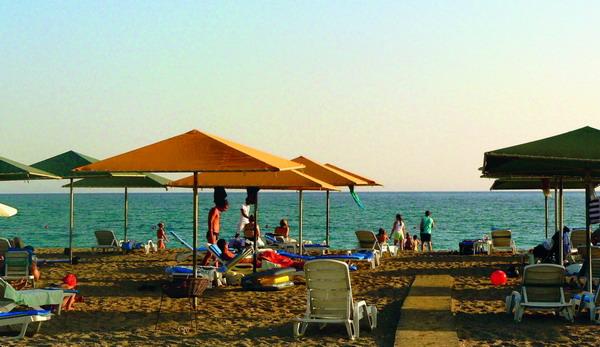 Auch im Urlaub sollte man das gute Benehmen nicht vergessen