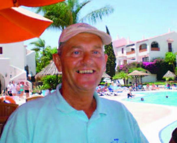 Steve Jefferies, Amarilla Golf