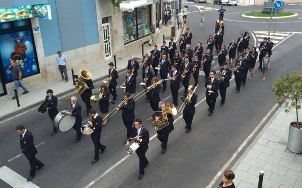 Die Musikkapelle von Los Realejos begleitet Prozessionen in der eigenen Gemeinde und teilweise auch in Santa Cruz und La Laguna.