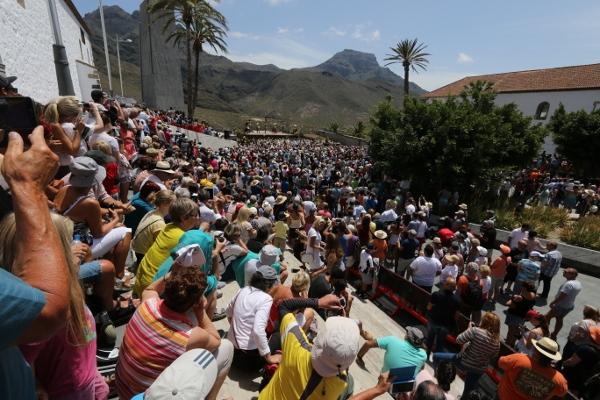 Über 9.000 Zuschauer verfolgten die Inszenierung direkt vor Ort.