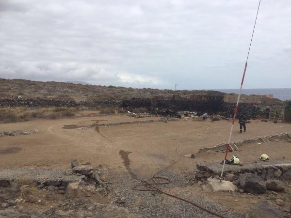 """""""El Volcán"""" hinterließ in El Puertito eine Brandstelle. Glücklicherweise kam kein Mensch zu Schaden."""
