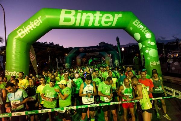 Insgesamt 2.500 Athleten stehen am Samstagabend in Santa Cruz am Start.