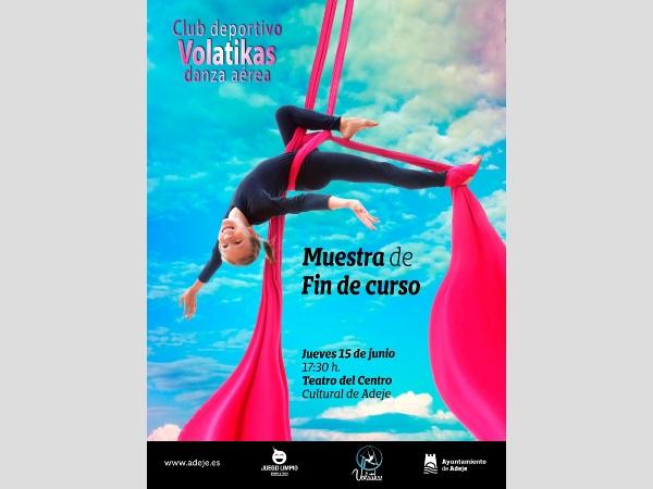"Die Gruppe ""La Danza Aérea"" des CD Volatikas."