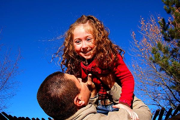 Vertrauen und Geborgenheit - das A und O in der Kindererziehung
