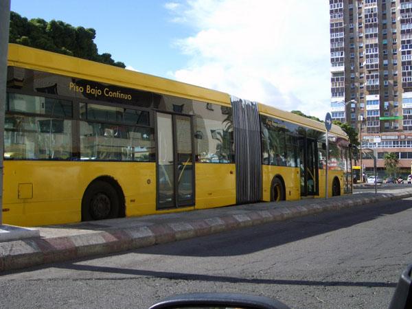Vielleicht bringt eine Teilprivatisierung eine Lösung der finanziellen Probleme der städtischen Busbetriebe von Las Palmas de Gran Canaria
