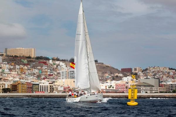 """Mit ganz schön Wind in den Segeln kam """"El Nautilus"""" am Freitagvormittag in Las Palmas an."""