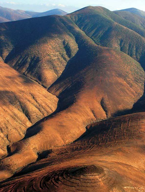 Das Panorama der Wüsteninsel ist ebenso beeindrucken wie bizarr
