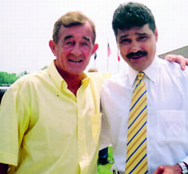 George with Alexis Argüello in Canastota, in 2005