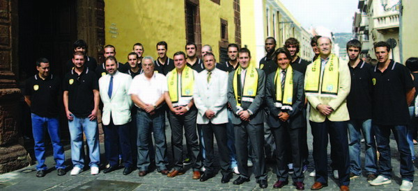 The Socas Canarias squad in La Laguna