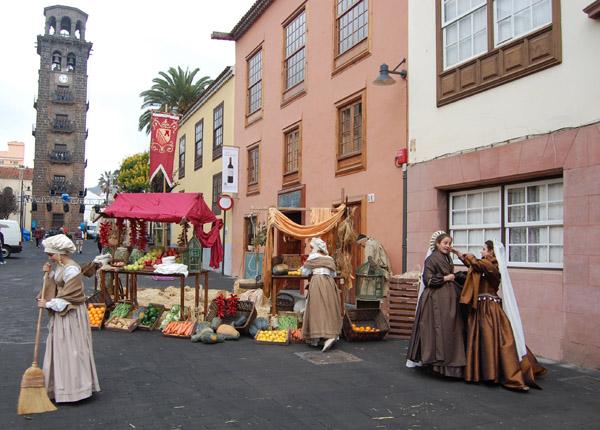 La Laguna: Historischer Markt vor der Kirche La Concepción