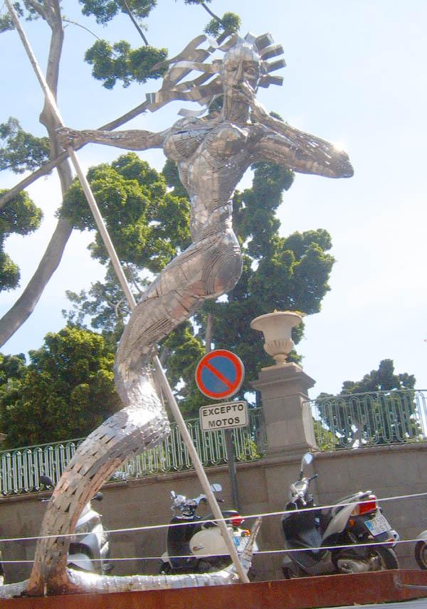 """Skulptur """"La Llamada"""""""