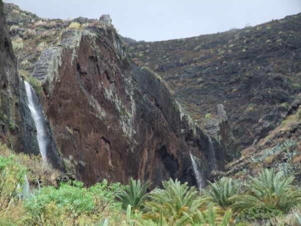 Das Quellwasser auf La Gomera hat Mineralwasserqualität
