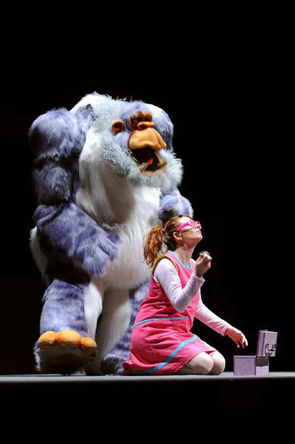 Golulá, Kindershow im Kongresszentrum Magma Arte & Congresos