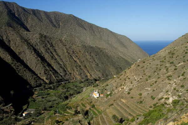 Die Zufahrt zum Strand in Vallehermoso ist eines der Projekte, die von den Aufräumungsarbeiten profitiert.