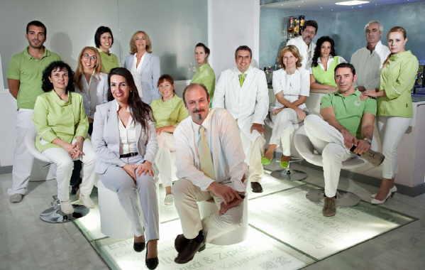 Ein sympathisches und kompetentes Team erwartet den Patienten.
