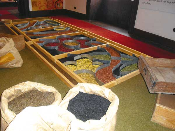 Die Kunst der Blütenrteppiche im Museo de las Alfombras in La Orotava.