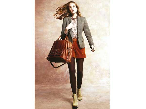 Unverzichtbar für jede Frau: die Handtasche. Im Winter sind XXL-Bags wieder angesagt und bieten Platz für alles, was man am Tag braucht – und wovon man sich nicht trennen mag.