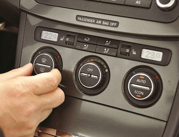 Richtig bedient, sorgt die Klimaanlage im Auto für eine angenehme Temperatur.