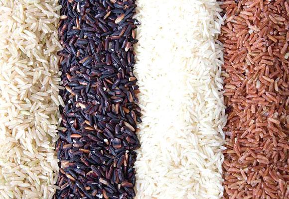 Auch Reis gehört zu den Lebensmitteln, die man während einer Detox-Kur verwenden darf. Er soll ausschwemmend wirken