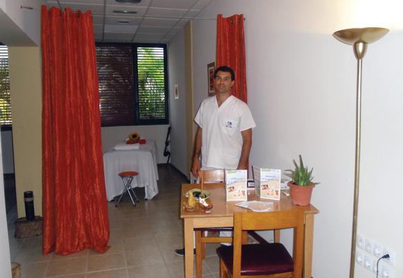 entspannung von kopf bis fu massagezentrum im hotel las aguilas. Black Bedroom Furniture Sets. Home Design Ideas