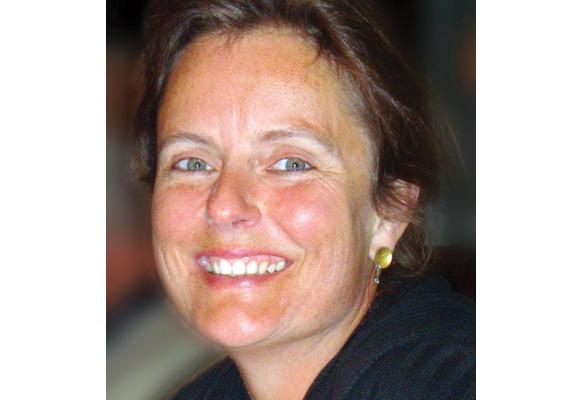 Frau Dr. Sabine Bellmund begleitet junge Menschen, die Neues entdecken wollen.