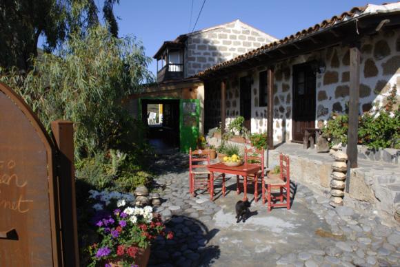 Das alte kanarische Bauernhaus bietet schon seit über 30 Jahren Einkehr für Wanderer