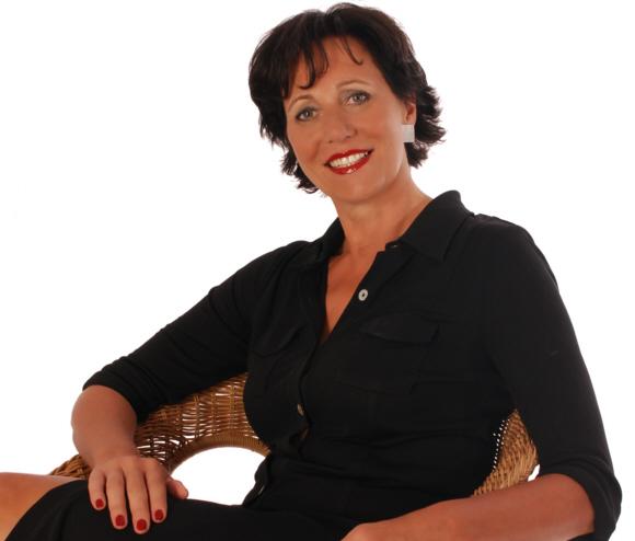 Andrea Micus taucht gerne in die Lebensgeschichten anderer Frauen ein.