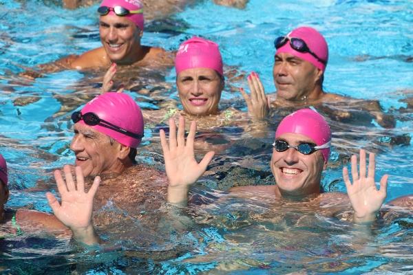 Schwimmen für den guten Zweck.