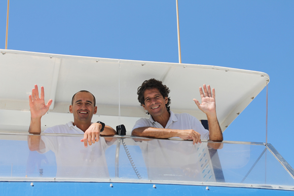 Javier Zaera (rechts), der Pionier und Iwan, einer seiner Skipper.