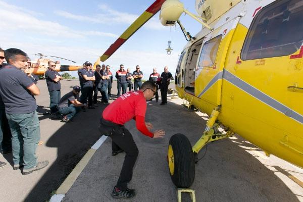 Manche Rettungseinsätze sind wegen des zerklüfteten Geländes nur aus der Luft möglich.