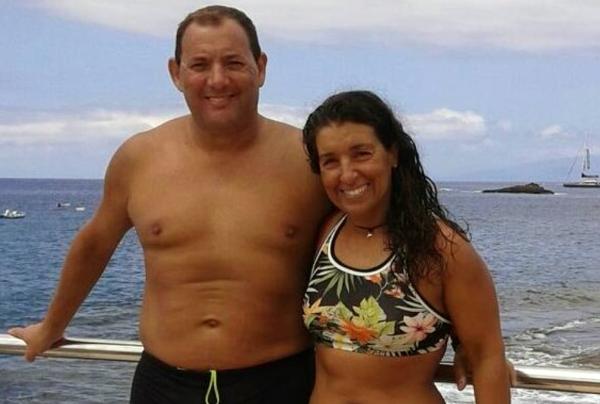 Nur in normaler Badebekleidung bezwangen sie den Ozean zwischen La Gomera und Teneriffa.
