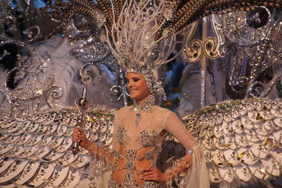 Die Karnevalskönigin von Sante Cruz de Tenerife 2013