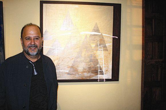Tom�s Gil Velazquez, alias Somat, auf seiner Ausstellung im Weinmuseum in El Sauzal im Mai 2011.