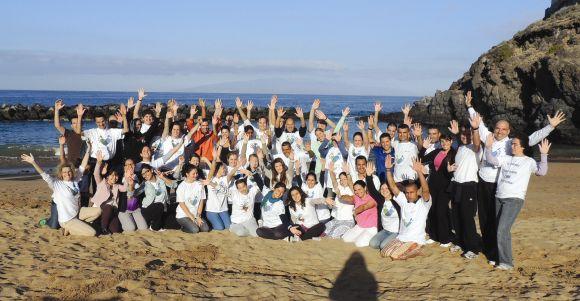 Community Footprints hieß die solidarische Gemeinschaftsaktion, die den Teilnehmern ganz offensichtlich Spaß gemacht hat.